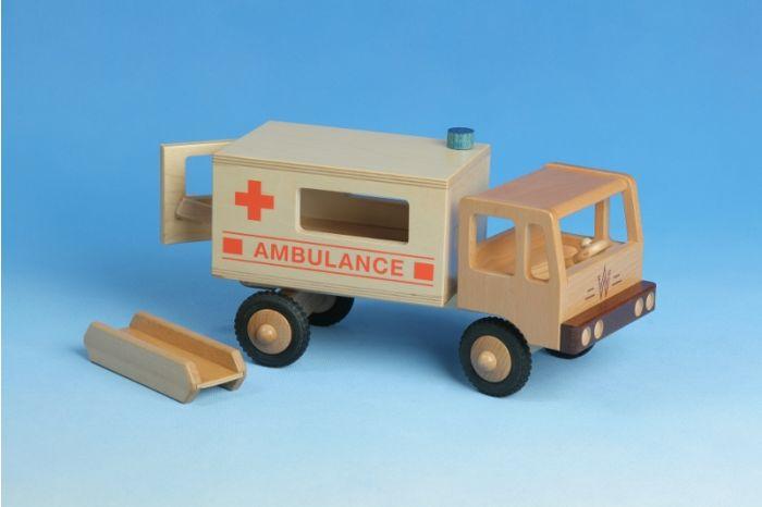 LKW Krankentransport aus Holz