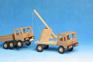 LKW Abschleppwagen aus Holz